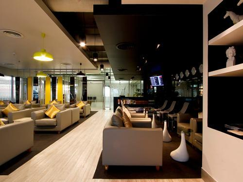 Бизнес-зал Miracle First Class Lounge