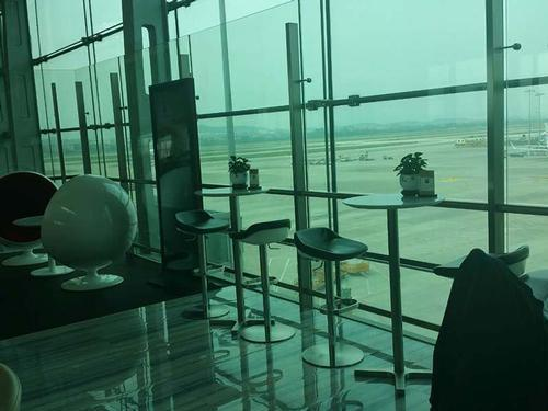 Бизнес-зал Hainan Airlines First Class Lounge