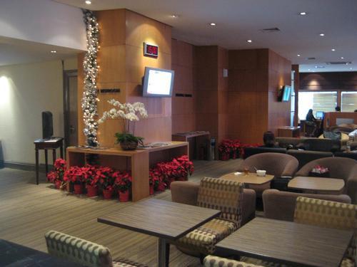 Бизнес-зал Pura Indah First And Business Class Lounge