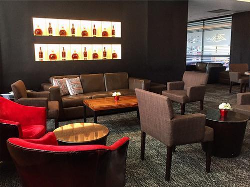 Бизнес-зал Los Anejos Lounge