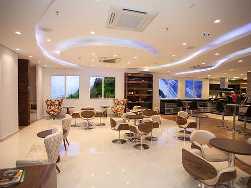 Бизнес-зал Harmony Lounge