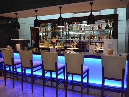 Бизнес-зал Air China First and Business Class Lounge