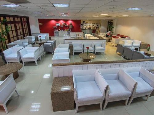 Бизнес-зал Salon Ambar (Зал Вылета)