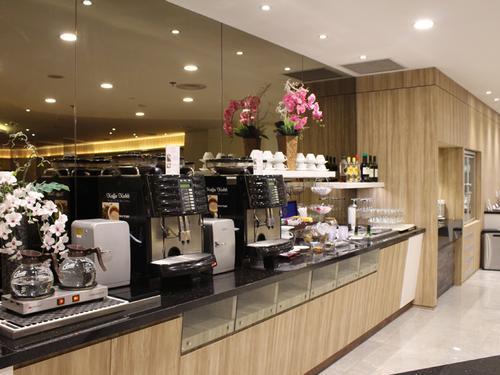 Бизнес-зал SATS Premier Lounge